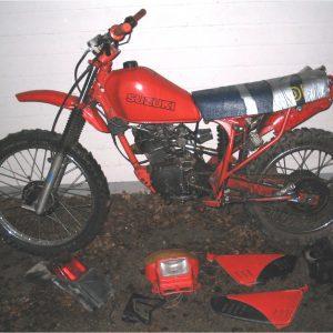 Suzuki DR 125 -82