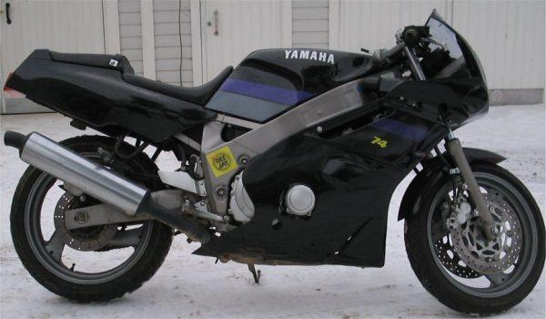 Yamaha FZR 600 -92 ja -89