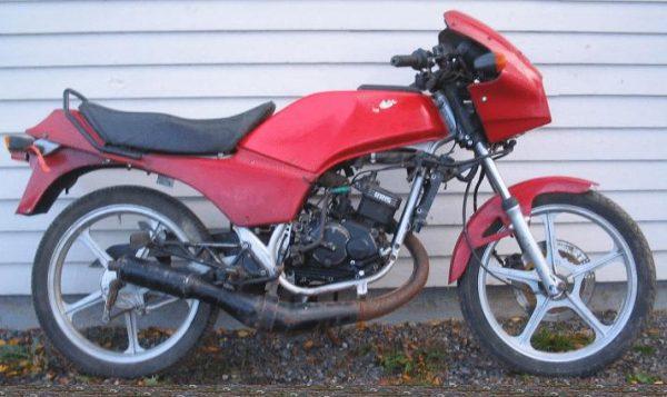 Kawasaki AR 125 -87