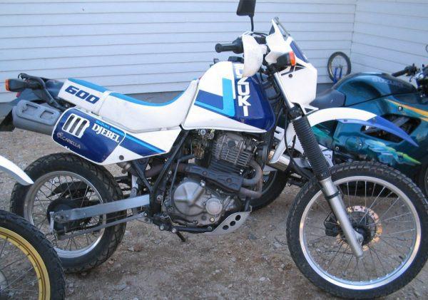 Suzuki DR 600 -88