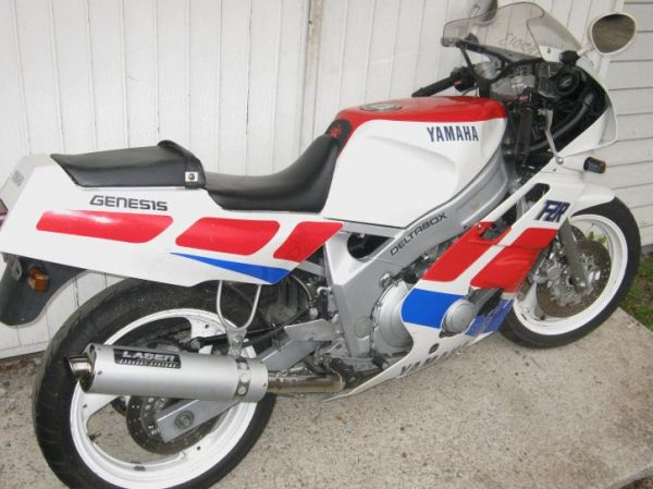 Yamaha FZR 600 -89