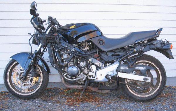 Honda CBR 1000 SC24 -91