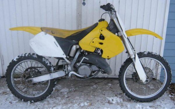 Suzuki RM 125 -99