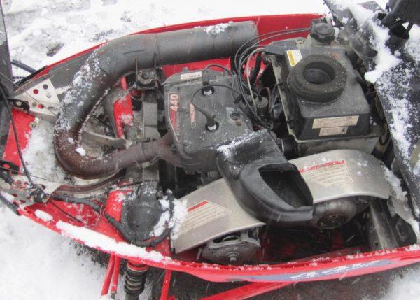 Polaris XCF 440 SP 2000