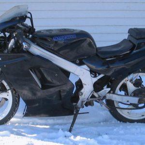 Suzuki RGF 125 -92
