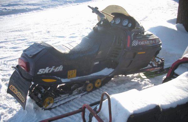 Ski-Doo Formula III -98