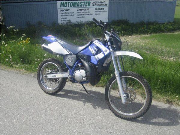 Yamaha DT 125 RE -06