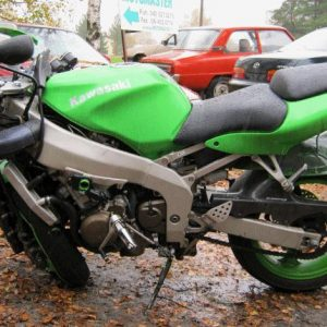 Kawasaki ZX-6R -99