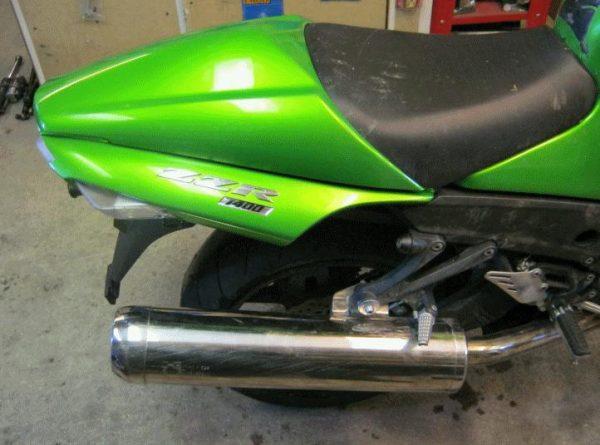 Kawasaki ZZR 1400 -09