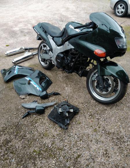 Kawasaki ZZR 1100 -97