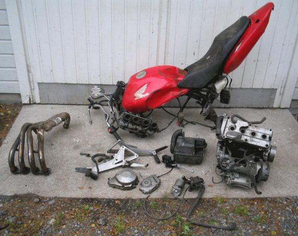 Honda CBF 600 Hornet -98