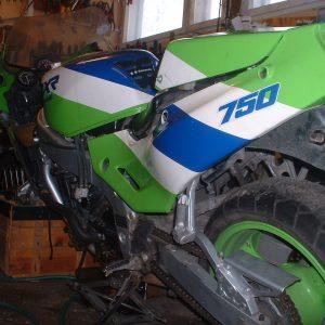 Kawasaki ZXR 750 -89