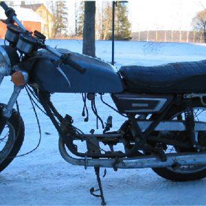 Yamaha R5 350 -71 ja -72