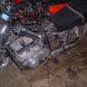 Suzuki GSX 400 -83