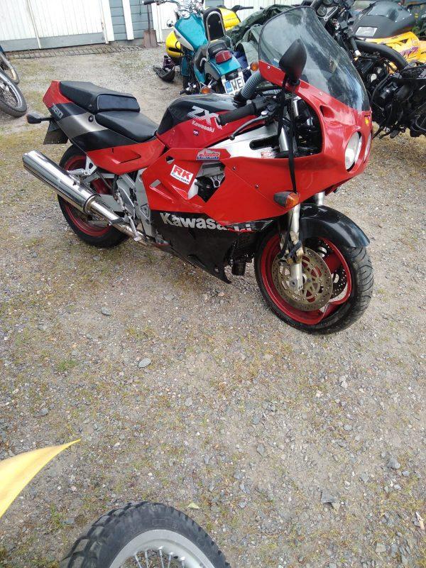 Kawasaki ZXR 750 -90